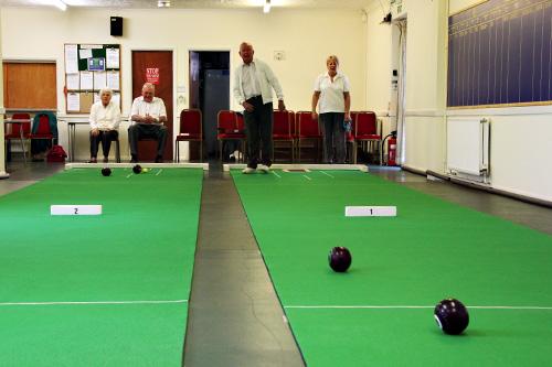 short-mat-bowls-2